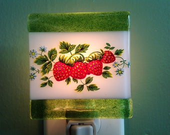 Strawberries, Kitchen, Fused Glass, Night Light, Fused Glass, Nightlight, Plug In, Summer, Berries, Nightlight, Nite Light, Night Lite