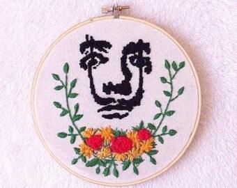 Embroidery hoop wall art/Salvador Dali  embroidery hoop art/dali stitching/painting embroidery