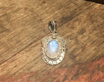 925 Silver Acorn Design Pendant with Moonstone Crystal