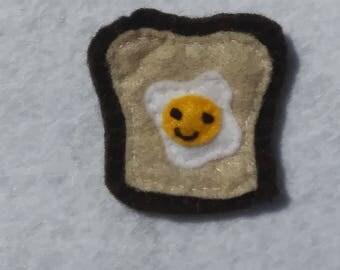 Eggs in a basket felt pin