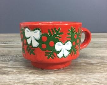 ON SALE Waechtersbach Holiday Christmas Bow and Garland Mug Teacup, Signature Vintage Red Ceramic