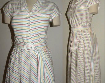 1970s 70s Dress / striped / Day Dress / Light cotton / belt / full skirt / Vintage / fits XS/S