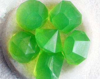 Gemstone Soap, August Birthstone, Peridot Jewel, Melt and Pour, Glycerin Soap, Novelty Gifts, Soap Stone, Green Bath Decor, Party Favors