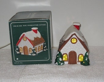 Vintage 1990s Working Pacific Rim Christmas Village Lighted Ceramic Stonecutters Cottage Made in Taiwain Similar to Dept 56 or Lemax
