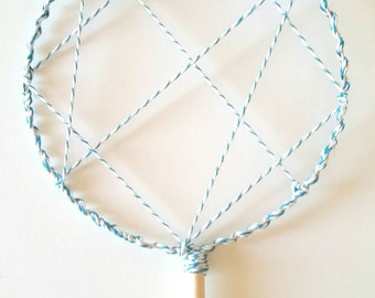 Lollipop Cluster Wire Bubble Wand, Huge Cluster Bubbles, Easy to Use, Fun for All Ages, Makes Lots of Bubbles, Big Bubble Fun!