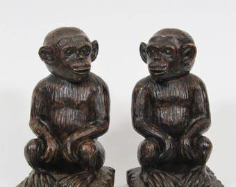 Vintage Monkey Bookends, Resin Ape Primate Darwin South Pacific International Sculpture Art