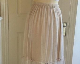 Beige tulle midi beach skirt with pink rose buds size m/l