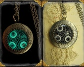 """Doctor Who """"Gallifreyan"""" glow in the dark locket aged silver finish~ Time Lord, Time Travel, Geekery, Sci Fi, BBC, TV, Fantasy"""