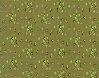1/2 Yard - Spectrum Ombre - Triangles - Avocado - V and Co - Vanessa Christenson - Moda Fabrics - Fabric Yardage - 10862-19