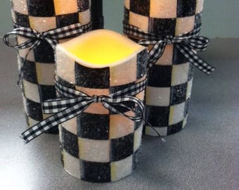 Black and White check timer candles