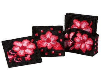 RUBY RED COASTER - Set includes 6 coasters and holder - Chic - Beauty -