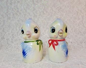 Commodore Blue Bird Salt and Pepper Shakers, Bird Shakers