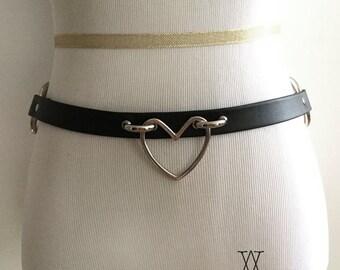 The AMOUR-PROPRE Belt - black leather belt, O ring belt, heart ring belt, heart ring choker, waist belt, kawaii, nugoth, kitten play, bdsm