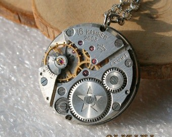 Men Watch movement  Steampunk   Pendant ,  Steampunk Jewelry ,   Vintage Clockwork Watch Movement Pendant , Clockwork  Pendant