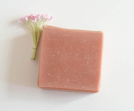 FRANCESCA LADY'S BAR | 4oz | Lavender and Litsea | Soft Feminine Fragrant