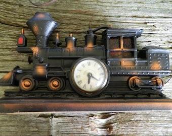 Cast locomotive clock with light / train clock with light