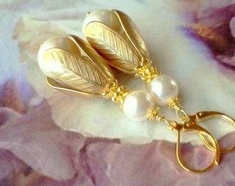 Pearl Earrings, Shell Pearl Earrings, Pearl Dangles, Large Pearl Dangles, Handmade Earrings, Bridal Earrings, Swarovski Pearls, Cottage Chic