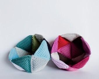Crochet trigonometry bowl