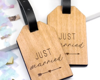 Honeymoon Just Married Luggage Tags, Custom Wedding Gift, Unique Travel Gift, Personalised Wooden Just Married Luggage Tags