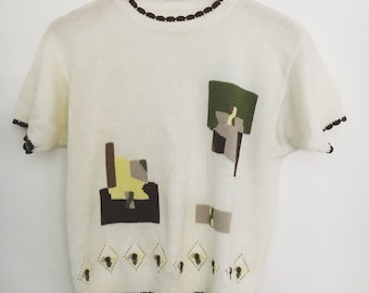 70s Sweet Ivory Abstract Knotted Top / Hand Embroidered Flowers