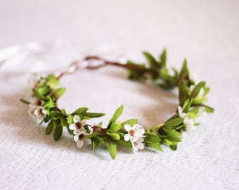 white and green Flower crown / small, floral, headpiece, nature, leaves, green, handcrafted, spring