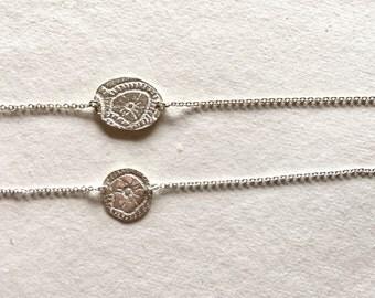 Bracelet coin {Yes}