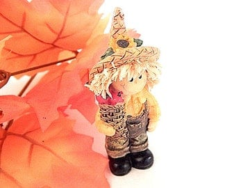 Farmer Boy Figurines Pumpkin Patch People Colorful Hand Painted Resin Fall and Halloween Decoration