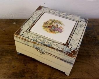Decorative Stash Box, Jewelry Box, Treasure Box, 18th Century Regency, Beach Cottage Decor, Shabby Chic Decor, Off White Decor, Hinged Box