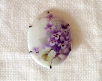 Vintage Antique Victorian Edwardian hand painted flower porcelain brooch pin  bass
