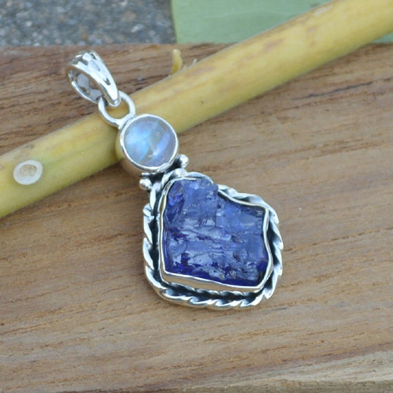 Rough Row Tanzanite pandant, Violet Blue pandant, Tanzanite Moonstone Pandant, Bazel Pandant, Solid 925 Sterling Silver Jewelry,