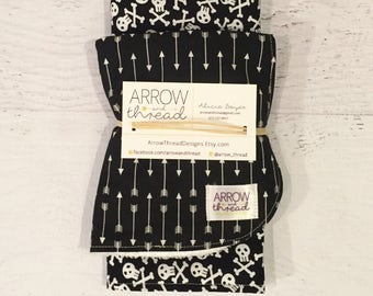 Bib & Burp Cloth Gift Set - Baby Boy Bib - Burp Cloths - Bibs - Black and White - Burp Rag - Gender Neutral Bib Burp Cloth - Baby Gift Set