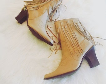 Vintage cowgirl fringe boots circa 1970