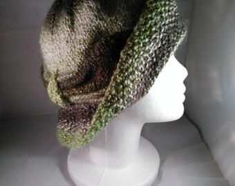 Green Cloche Divine Hat With Bow