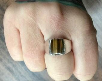 Vintage tiger eye + Sterling Silver Ring Size 8.5