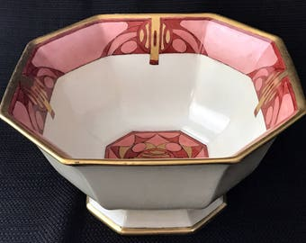 "Bernardaud (B&Co) Limoges Art Deco Geometric Centerpiece Bowl, Signed ""Taylor"" (c 1914-1930)"