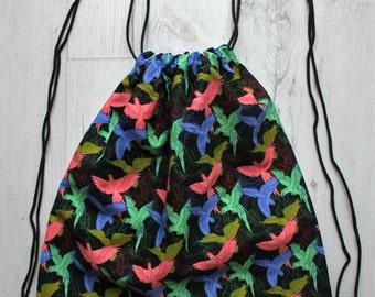 Drawstring Bag Parrots / Mochila de cordón loros
