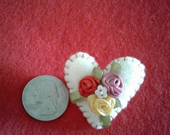 6 assorted heart pins