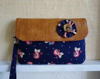 Small Cellphone wristlet wallet, iPhone 6, 7 wallet, travel wallet, passport wallet, Smartphone wallet, handmade women wallet.