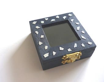 Small Wooden Jewelry Box Square. Glass Window. Hand Painted in Dark Blue and Silver Glitter Mosaic Decoration. Gift packaging, Organizer