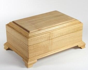 jewelry box, wood jewelry box, jewelry box wood, jewelry organizer, ring organizer, treasure box, keepsake box, lined box, handmade box