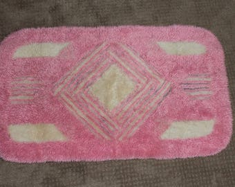 Vintage Pink and White Bath Rug