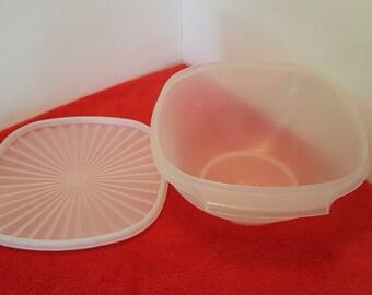 vintage tupperware servalier bowl / large tupperware servalier bowl #858