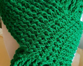 Emerald green scarf perfect for St. Patrick's Day!!!  Unisex scarf, green scarf, warm, long scarf