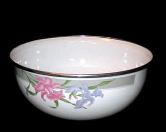 Vintage Enameled Mixing Bowl, Metal Bowl, Iris Bowl, Vintage Kitchen, Enameled Bowl, Large Bowl, Serving Bowl, Mixing Bowl, Home Decor, Bowl