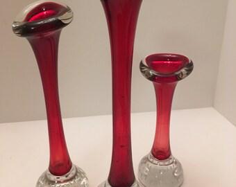 Aseda glass Bone Vases (Group of 3) in red