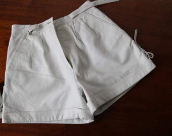 Vintage White Leather Shorts High Waist Short Cuffed Shorts Classic Boho Chic Small Size