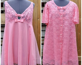 Vintage 1980's Hot Pink Babydoll Set SHADOW LINE Nylon and Lace Duster / Robe med / small Nylon Negligee / Night Gown Never Worn Dead Stock