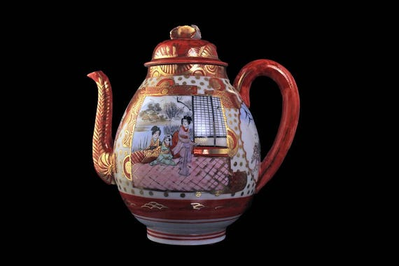 Japanese Teapot, Hand Painted, Suzuki Company, Footed, Red and White, Gold Trimmed, Traditional Japanese Images, 5 Cups, Collectible