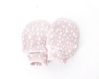 Beige Dots no scratch baby mittens, organic cotton baby mittens, baby mittens, mittens, no scratch mittens