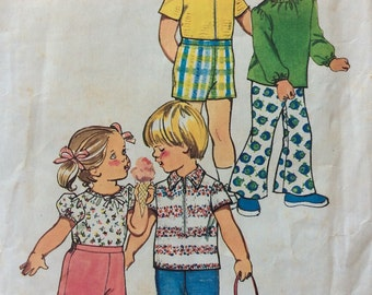 Simplicity 5706 childs top & shirt and pants or shorts size 2 vintage 1970's sewing pattern